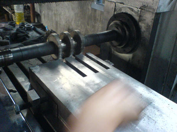 Table slot cutting on horizontal mill